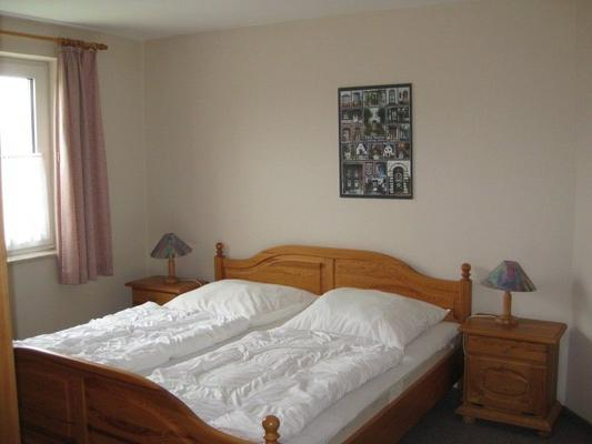 annabul 3 zimmer 80 qm 105843 ferienwohnung wenkendorf. Black Bedroom Furniture Sets. Home Design Ideas