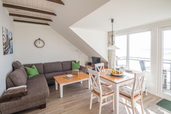 wohnung backbord oben rechte seite 1011338. Black Bedroom Furniture Sets. Home Design Ideas