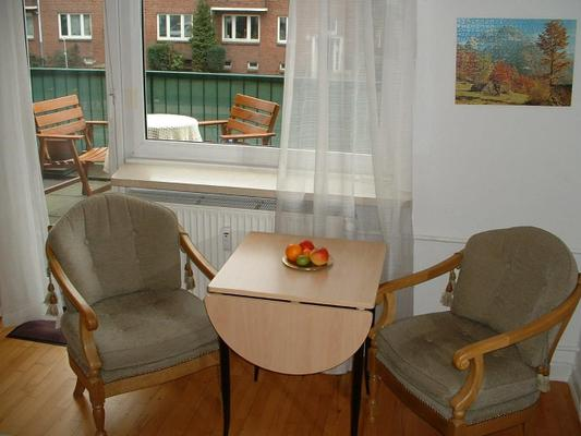 apartment gabruhm ferienwohnung hamburg 50396. Black Bedroom Furniture Sets. Home Design Ideas