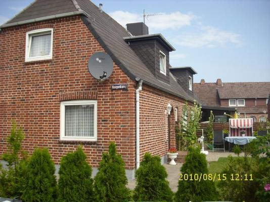 haus helma unten ferienwohnung westerland 4023. Black Bedroom Furniture Sets. Home Design Ideas