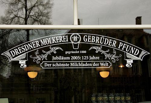Ladenschild Dresdner Molkerei Gebrüder Pfund