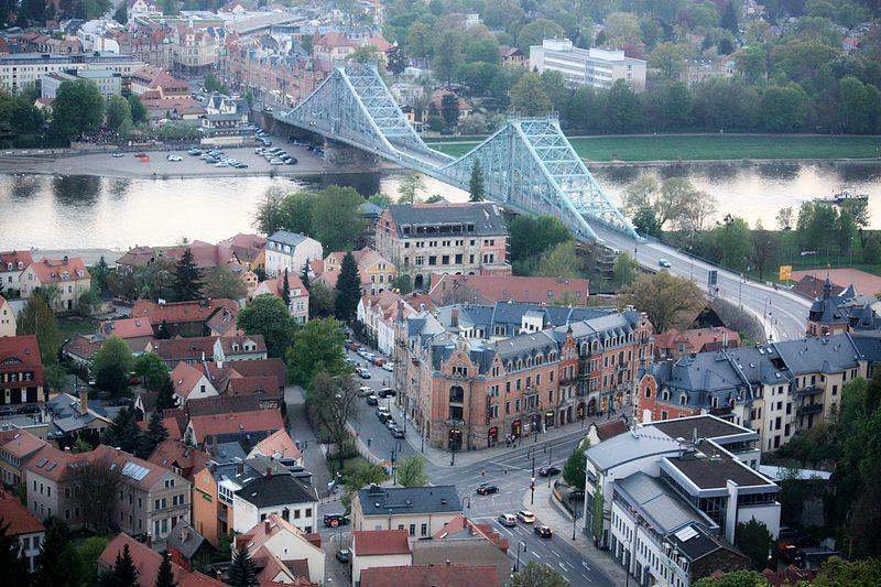 Loschwitzer Brücke in Dresden Ost