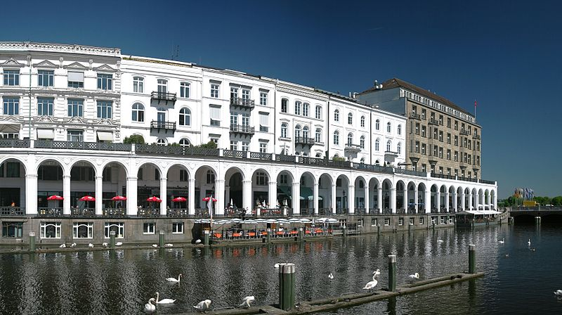 sights and landmarks hamburg the jungfernstieg and the alster arcades. Black Bedroom Furniture Sets. Home Design Ideas