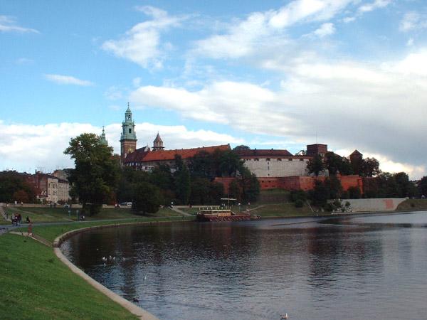 Widok z Wisły na Wawel