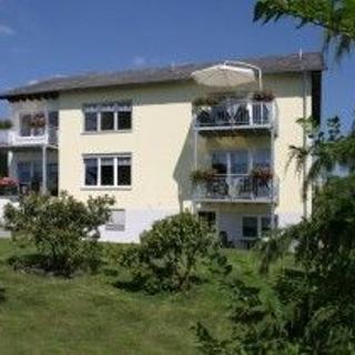 """Eifel-Ferienwohnungen Fuhrmann Haus Büschel Wohnung """"Gartenblick"""" - Oberscheidweiler"""