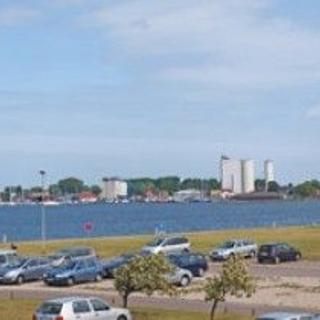 Blick zum Hafen und Binnensee Sü 058 - Burgtiefe-Südstrand