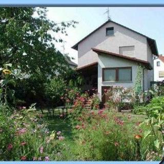 Helmuts Home, Doppelzimmer Wien - Maintal