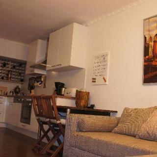 Moderne Zwei-Zimmer-Wohnung mit Skylineblick - Offenbach am Main