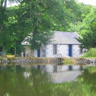 Pond Cottage - Lanarkshire