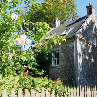 East Twin Cottage - Lanarkshire