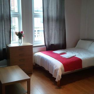 Comfortable studio flat suitable for 4 people in Willesden Green area (#19.3) - London