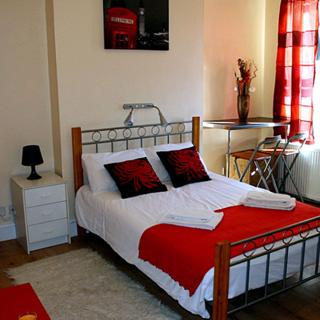 Budget short term apartment in Harlesden area, London (#HC) - London