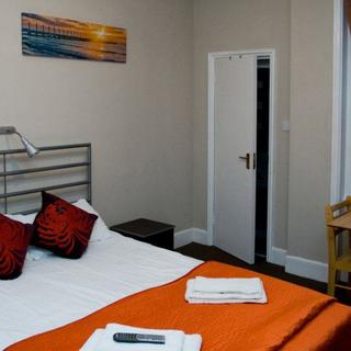 Holiday  apartment for 2 people in London, Willesden Green area (#P5) - London