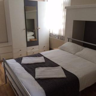 Beautiful  short let apartment in Willesden Green area, 2 zone, London (#Walm3) - London