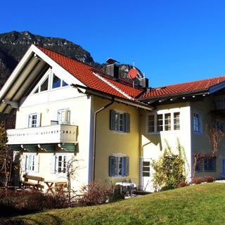Landhaus Crisante - Garmisch-Partenkirchen