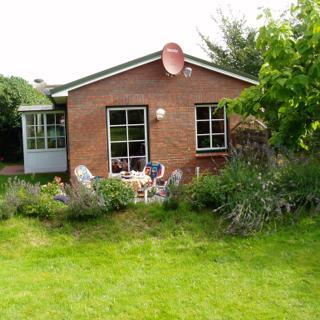 Haus Arjan Petersen, Häuschen im Garten - Norddorf
