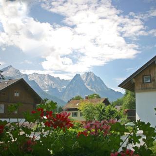 Landhaus Alpenglühen - Garmisch-Partenkirchen