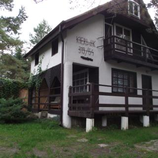Domek piętrowy nad jeziorem Kierwik - Spychowo