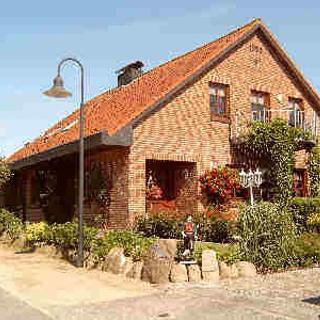 Ferienhaus Bieberich Wohnung 1 - Kleinwaabs
