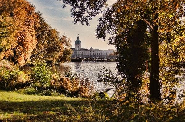 Schloss Charlottenburg in Berlin an der Spree