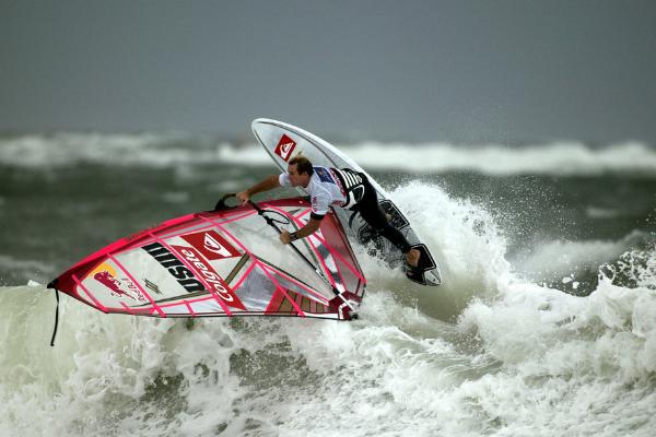Windsurfer im Meer