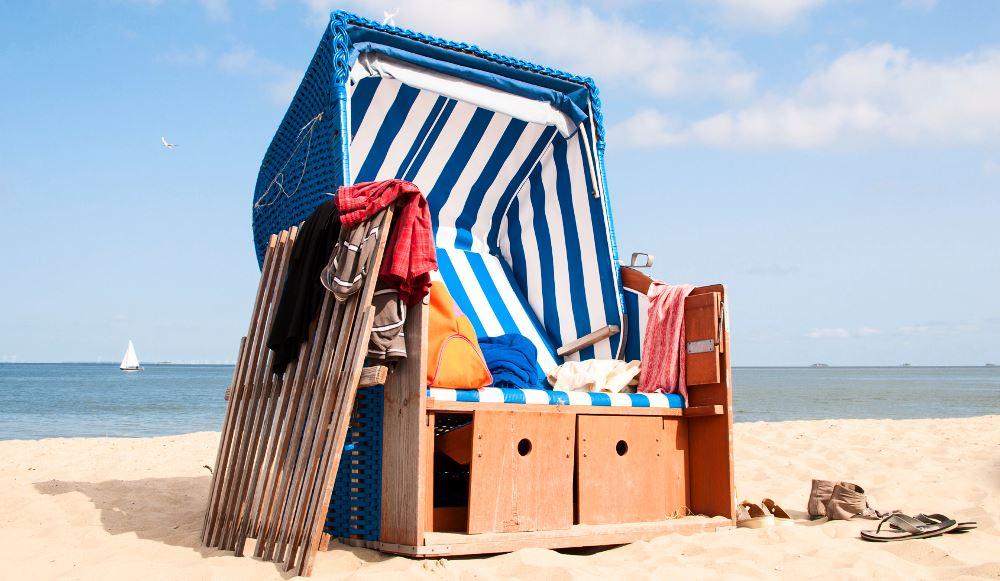 Wertsachen im Strandkorb