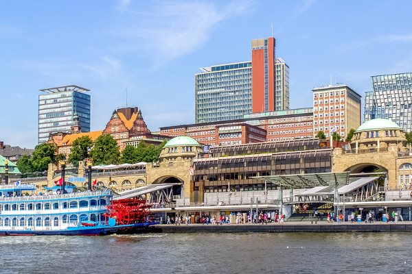 Hamburg's Landing Bridges