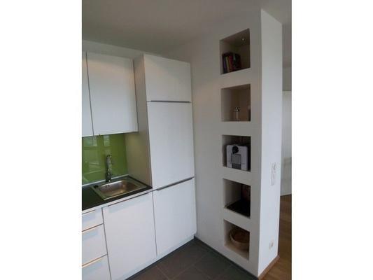wohnen auf zeit in exklusivem apartment mit elb hafenblick 50512 ferienwohnung hamburg. Black Bedroom Furniture Sets. Home Design Ideas
