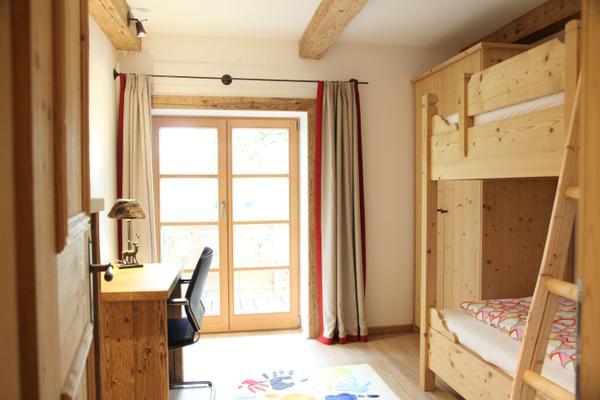 Mini Kühlschrank Jugendzimmer : Destina wohnung hl magdalena 1014923 ferienwohnung chieming