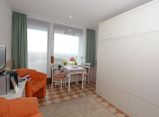 Klein Aber Fein Haus Am Meer 7 Etage 1 Zimmer Mit Balkon Und