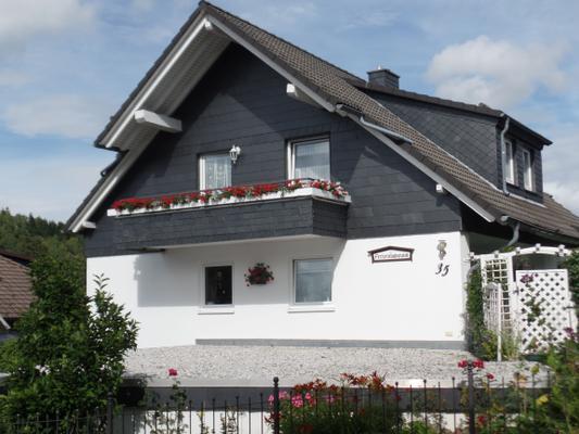 Ferienwohnung Bergblick mit 2 Schlafz., Balkon u. WLAN - Altenau