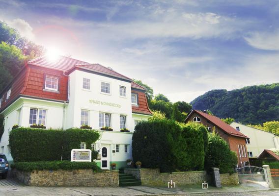 Hotel garni Haus Sonneneck Familienappartement - Thale