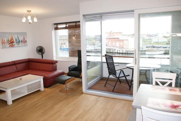 neu exkl ferienwohnung speicherstadt mit wasserblick balkon 171 1018989. Black Bedroom Furniture Sets. Home Design Ideas