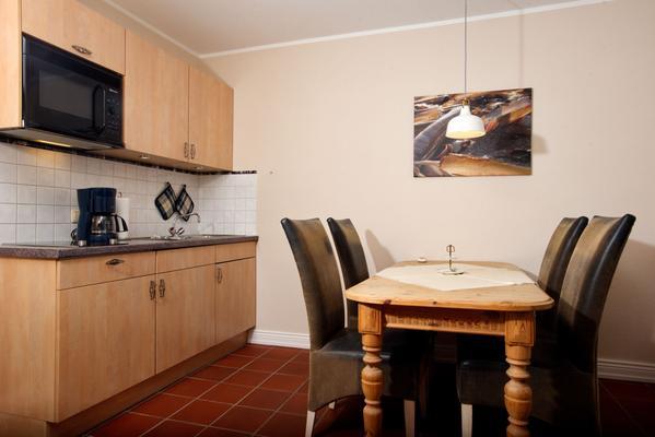 mien eegen whg 1 f r 2 personen 950 ferienwohnung. Black Bedroom Furniture Sets. Home Design Ideas