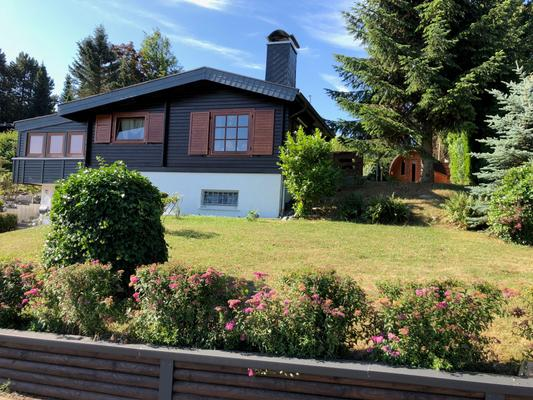 2 Blockhäuser mit traumhaftem Talblick - 2017 saniert - Bad Lauterberg