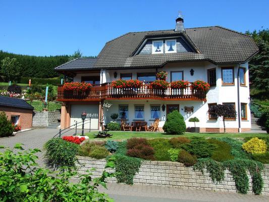Ferienwohnung Haus Dorothee, Winterberg - Winterberg-Züschen
