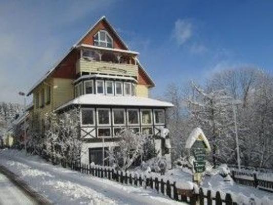 Altes Forsthaus Fischbach, Vordergarten - St. Andreasberg