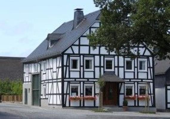 Ferienhaus    Am Markt    Eversberg im Hochsauerland - Meschede