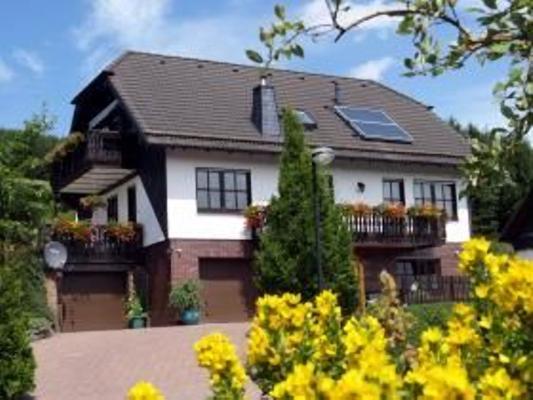 Ferienwohnung Haus Felsengrund  - Winterberg-Züschen