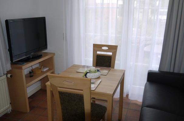 l tje gaadt 17c eg mit separater terrasse 6685 ferienwohnung westerland. Black Bedroom Furniture Sets. Home Design Ideas