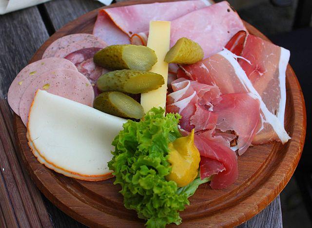 Allgäuer Küche mit bayerischen und schwäbischen Einflüssen