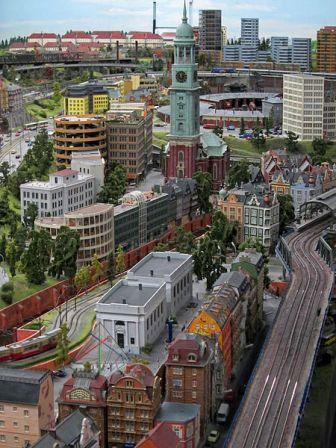Miniatur von Hamburg mit dem Michel