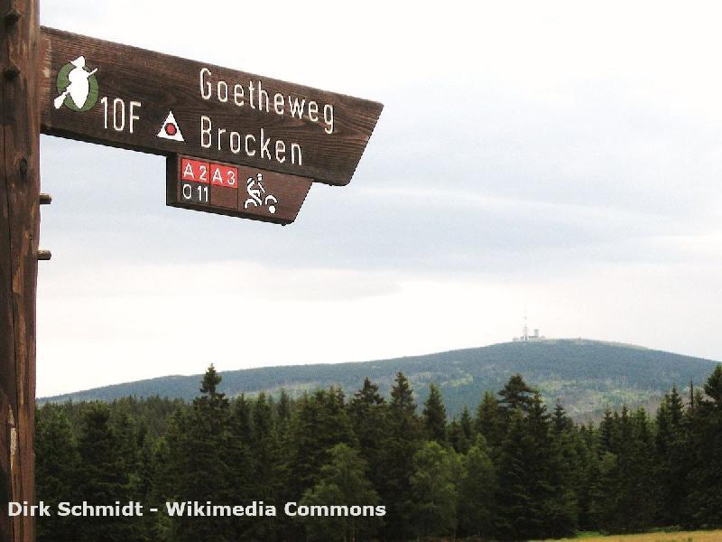 Wandern auf dem Goetheweg im Harz
