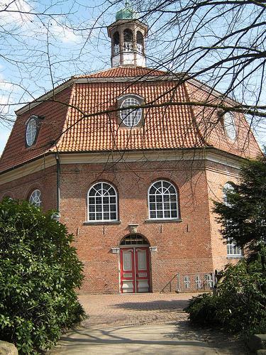 Verheißungskirche in Niendorf