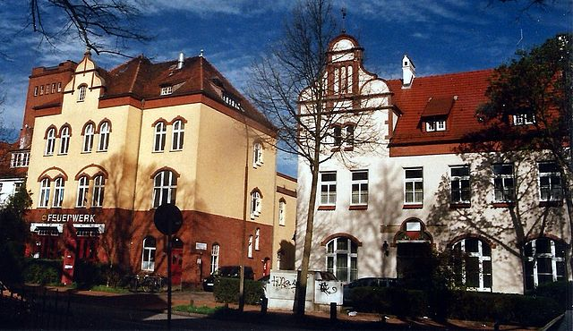 Polizeiwache und Feuerwehr in St. Lorenz