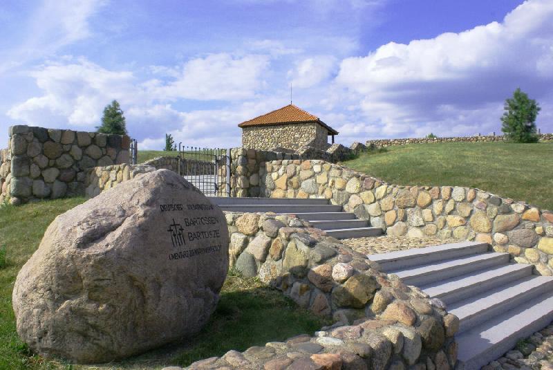 Deutscher Soldatenfriedhof in Bartossen