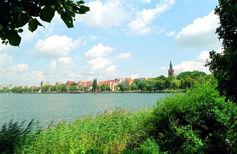 Ełk-See mit Blick auf Ełk