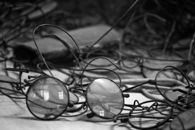 Auschwitz - Brillen Ermordeter ausgestellt im Museum