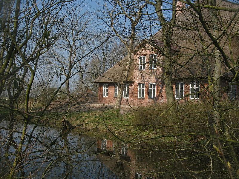 Haus über Wasser