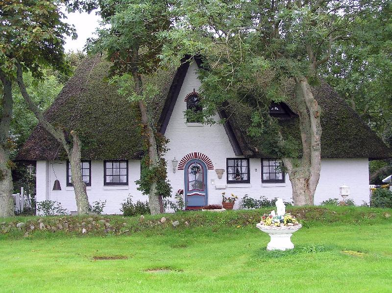 Thatched-roof house Archsum
